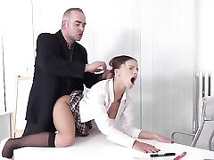 Mature dude nails young college girl in office