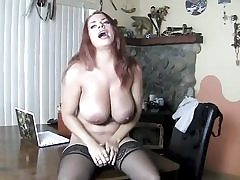 Posh bitch in her sexy lingerie fingering her wet gash hole
